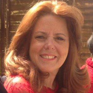 Professora Doutora Patricia Schettert